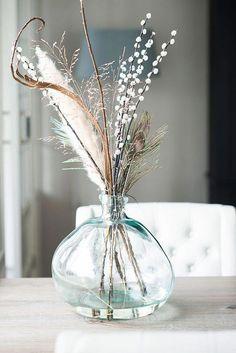6 grüne Wohnzimmer-Designs, die Sie umhauen werden 6 green living room designs that will blow your mind # green Hygge Home, Living Room Green, Living Rooms, Deco Floral, Elle Decor, Flower Vases, Flower Diy, Flower Ideas, Dried Flowers