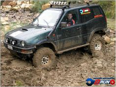 Nissan Terrano 2, Offroad, 4x4, Monster Trucks, Vehicles, Jeeps, Vintage Cars, Swiming Pool, Ranch