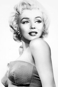 Black and White vintage marilyn monroe 1950s old hollywood my scan
