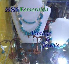 Io sono una Jewels Designer, da me trovi Gioielli realizzati con Gemme e Pietre Preziose AUTENTICHE, CREAZIONI ORIGINALI progettate e realizzate personalmente, e PARTICOLARI: OGNUNA è PEZZO UNICO. Vieni a trovarmi su https://www.etsy.com/it/shop/EsmeraldaVintajewels?ref=seller-platform-mcnav I'm a Jewels Designer, in my Shop you find AUTHENTIC GEMSTONES HANDMADE Jewels, each one UNIQUE PIECE. Come into MY SHOP: https://www.etsy.com/it/shop/EsmeraldaVintajewels?ref=seller-platform-mcnav