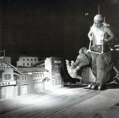Godzilla cultura detras