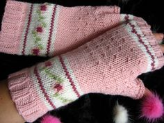 rose Arm Warmers, Mittens, Arms, Roses, Knitting, Fingerless Mitts, Pink, Tricot, Rose