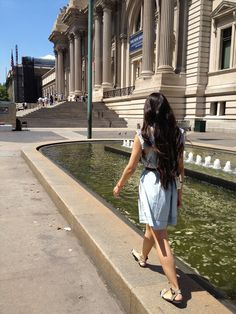 met museum and current elliott denim dress on a breezy day