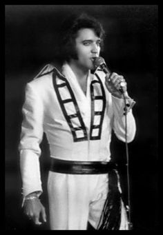 """Elvis @ the International during the August-September run, August, 1970; wearing the """"Ladder Jumpsuit""""....love this photo."""