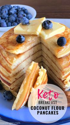 These Keto Coconut Flour Pancakes are an easy low carb breakfast. Making pancakes with coconut flour and cream cheese makes the best fluffy Keto pancakes. These low carb moderate protein pancakes are even better topped with Keto Maple Syrup! Best Keto Pancakes, Best Keto Bread, Low Carb Pancakes, Fluffy Pancakes, Making Pancakes, Protein Pancakes, Keto Cream Cheese Pancakes, Pumpkin Pancakes, Low Carb Breakfast Easy
