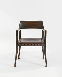 Richard Riemerschmid. Armchair, designed for the living room of W. Otto, Bremen, 1898. H. 78.5 x 54 x 50 cm. Made by Vereinigte Werkstätten, Munich. Oak, dark red leather, bullen nails.