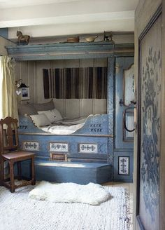 This nook reminds me of a room called the NutHatch at a B calledKangaroo House on Orcas Island.  Love!