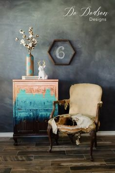 Vintage Furniture Want to make a statement? Try Copper Leaf on your furniture. - Try adding copper leaf to a painted piece of furniture for a dramatic affect. Sometimes it's the most unusual combinations that work! Refurbished Furniture, Paint Furniture, Repurposed Furniture, Furniture Projects, Rustic Furniture, Furniture Makeover, Vintage Furniture, Cool Furniture, Furniture Design