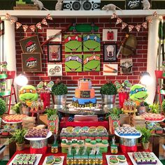 """162 curtidas, 42 comentários - Sweet Memories Party Designs (@sweetmemoriesparties) no Instagram: """"Just in case you missed yesterday's Ninja Turtles party! A closer look of the table! Cake and…"""""""