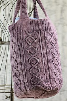 Knitting Patterns Bag Rose Briar Bag Balls to the Walls Knits, A collection of free one- and two- skein knitting patterns Knitting For Charity, Free Knitting, Market Bag, Free Market, Dishcloth Knitting Patterns, Knit Or Crochet, Crochet Bags, Crochet Ideas, Crochet Patterns