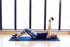 5 kettlebell exercises to tone your abs - the coveteur - coveteur 30 Day Ab Workout, Ab Workout With Weights, Workout Routine For Men, Abs Workout Video, Workout Challenge, Cardio Workouts, Workout Videos For Women, Abs Workout For Women, Workout For Beginners