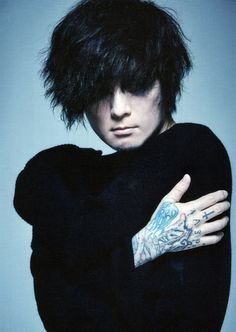 Kaoru Dir En Grey 薫, Guitar Players, Visual Kei, Good People, Rock Bands, Hair Cuts, Japan, Girls, Haircuts