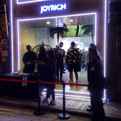 We were lucky enough to be in Hong Kong for the opening of the Joyrich store ... Check out our pics of super stylistas from Hong Kong, Japan, Singapore and the designer from LA too ...