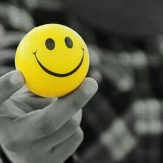 Smile Wallpaper, Funny Iphone Wallpaper, Emoji Wallpaper, Dp For Whatsapp, Whatsapp Dp Images, Banner Clip Art, Happy Smiley Face, Banner Background Images, Emoji Love