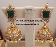 Gold Jhumka Earrings, Jewelry Design Earrings, Gold Earrings Designs, Jhumka Designs, Black Earrings, Gold Bangles Design, Gold Jewellery Design, Gold Jewelry, Jewelery