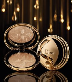 """Diorific Face Powder from Dior """"Golden Shock"""" Christmas Makeup Collection Dior Beauty, Beauty Box, Beauty Makeup, Face Makeup, Cosmetics & Perfume, Makeup Cosmetics, Mack Up, House Of Beauty, Brown Eyed Girls"""