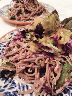 Soba noodle salade with peanut dressing