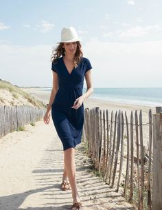 The best summer dress ever. Beach, work, weekend, or night out. But damn it Boden, no Black for 2012???
