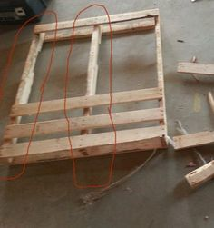 Easy Little End Tables in 2 Hours : 5 Steps (with Pictures) - Instructables Pallet End Tables, Diy End Tables, Diy Table, Patio Table, Backyard Patio, Side Tables, Diy Pallet Furniture, Diy Pallet Projects, Home Furniture