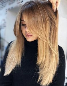 Pretty Layered Hair Cuts Ideas To Light You Up - Having long hair is very advantageous as there is a great variety of hair styles for one to choose from to wear. People with long hair usually make va. Haircuts For Long Hair, Long Hair Cuts, Easy Hairstyles, Hairstyle Ideas, Layered Hairstyles, Medium Hair With Layers, Long Hairstyles With Layers, Long Straight Hairstyles, Long Layered Haircuts Straight