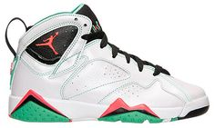 the best attitude d7c53 76a09 Air Jordan 7 Retro  Verde  Sneaker Available Now (Detailed Look)