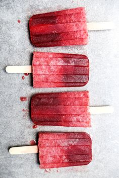 A recipe for boozy prosecco and raspberry popsicles with raspberry liqueur. These  are a great adult treat for Summer!…