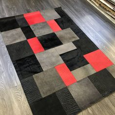 Patchwork Rugs, Patchwork Patterns, Patchwork Designs, Cowhide Rugs, Cowhide Leather, Red Leather, Modern Staircase, Natural Texture, Natural Leather