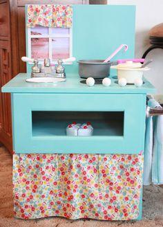 Play kitchen :)  Here Am I. Send Me!: DIY Play Kitchen