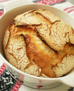 Paine neframantata | Retete Culinare - Bucataresele Vesele My Recipes, Bread Recipes, Healthy Recipes, Healthy Foods, My Favorite Food, Favorite Recipes, Just Bake, Romanian Food, Pastry And Bakery