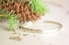Bracelets – Silver tone cuff bracelet hammered bangle handmade – a unique product by AtelierWhiteMouse via en.DaWanda.com
