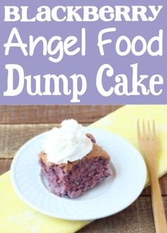 Angel Food Cake Recipes 2 Ingredients! Easy desserts with few ingredients Angel Food Cake Desserts, Easy Desserts, Delicious Desserts, Dump Cake Recipes, Best Dessert Recipes, Dump Cakes, Desserts With Few Ingredients, 2 Ingredients, 4 Ingredient Desserts