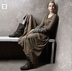 Arya waiting for Ser Ilyn to return to his chamber so that she can kill him in retaliation for killing her father