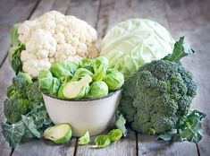 edu Cruciferous Veggies Think broccoli, cabbage, cauliflower. These are packed with minerals and vitamins, as well as fiber. These contain an enzyme called myrosinase which helps your body activate natural anti-inflammatory substances. Foods That Cause Bloating, Detox, Toxic Foods, Cancer Fighting Foods, Cancer Foods, Nutrient Rich Foods, Anti Inflammatory Recipes, Food Facts, Low Carb Diet