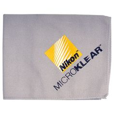 Nikon MicroKlear Microfiber Cleaning Cloth for D4, D3x, D3s, D3, D7000, D5100, D5000, D3100, D3000, D300s Digital SLR Cameras