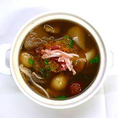 """清     汁     佛     跳     牆  """"Fo-Tiao-Chia"""" soup (Buddha jumps over the wall)  中華壺スープ(フォーティアオチャオ)"""