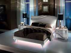 Luxury bedroom and art: an incursion in the history of art while admiring Arredoclassic bedrooms Luxury Bedroom Sets, Luxury Bedroom Design, Bedroom Bed Design, Bedroom Furniture Design, Home Room Design, Bed Furniture, Luxurious Bedrooms, Living Room Bedroom, Home Bedroom