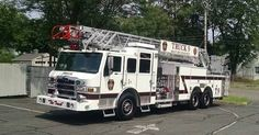 FEATURED POST @bap_productions - Berlin Connecticut Truck 9 Pierce Brand new recently placed in service. : . TAG A FRIEND! http://ift.tt/2aftxS9 . Facebook- chiefmiller1 Periscope -chief_miller Tumbr- chief-miller Twitter - chief_miller YouTube- chief miller Use #chiefmiller in your post! . #firetruck #firedepartment #fireman #firefighters #ems #kcco #flashover #firefighting #paramedic #firehouse #firstresponders #firedept #feuerwehr #crossfit #brandweer #pompier #medic #firerescue…