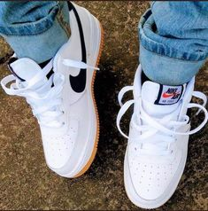Sneakers Fashion, Fashion Shoes, Shoes Sneakers, Shoes Heels, Nike Shoes Air Force, Aesthetic Shoes, Hype Shoes, Fresh Shoes, Shoe Collection