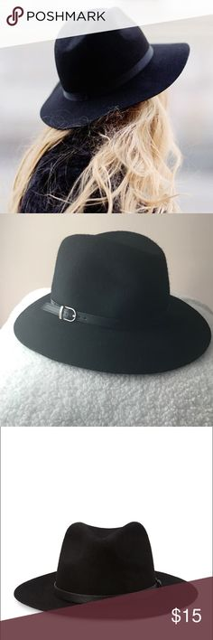 Black Wide Brim Fedora Never worn. Great Condition Forever 21 Accessories Hats