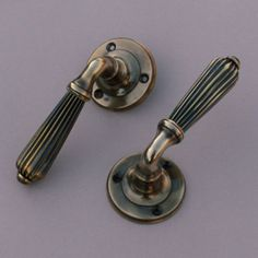 Croft 2144 Lichfield Lever Door Handle on a Square Rose | Door ...