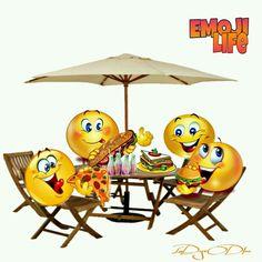 Emoji on the beach Top Emoticon Faces, Funny Emoji Faces, Images Emoji, Emoji Pictures, Animated Emoticons, Funny Emoticons, Smiley Emoji, Emoji Quotes, Naughty Emoji