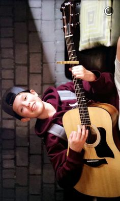 Omg imagine him singing to u❤️