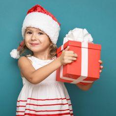 """""""Nur drei Weihnachtsgeschenke - mehr brauchen Kinder nicht!"""" - """"Eine Bloggerin erzählt, warum sie ihre Kinder nicht mit Weihnachtsgeschenken zuschütten möchte - und trifft damit bei vielen einen Nerv."""""""