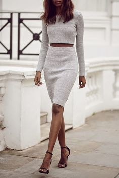 LoLoBu - Women look, Fashion and Style Ideas and Inspiration, Dress and Skirt Look Fashion Mode, Look Fashion, Womens Fashion, Fashion Trends, Dress Fashion, Fashion Clothes, Street Fashion, Fashion Ideas, Elegance Fashion