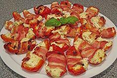 Frischkäse - Paprika - Schiffchen im Speckmantel