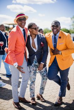 Cheers to chic! - Street Style at the Annual Veuve Clicquot Polo Classic Was On Another Level of Fly Day Party Outfits, Kentucky Derby Fashion, Mens Kentucky Derby Outfits, Veuve Cliquot, Polo Classic, Classic Theme, Polo Match, Brunch Outfit, Classic Outfits