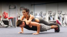 Descubre cómo hacer ejercicios sin pesas para definir la espalda #TarekWilliamSaab #FiscalGeneral Sumo, Wrestling, Sports, How To Make, Lower Backs, Crunches, Back Pain, Legs, Lucha Libre