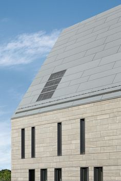 Zinc roofing / colored REYNOBOND METALS – METAL COMPOSITE PANEL FOR ROOF CLADDING Alcoa Architectural Products, Merxheim/Frankreich