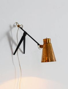 Tapio Wirkkala Brass and Metal Table or Wall Lamp for Itsu, Finland, 1950s 4