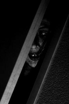 Peek A Boo - http://zombies.futtoo.com/peek-a-boo #zombies